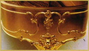 gold-piano-lurgenstein